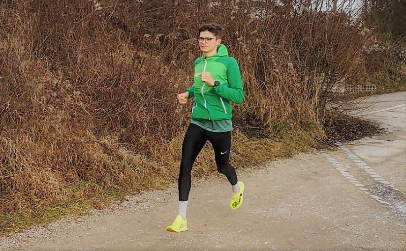 Beratung, Einlagen und Schuhe für Leistungssportler: Triathlet Timo Krelle im Gespräch
